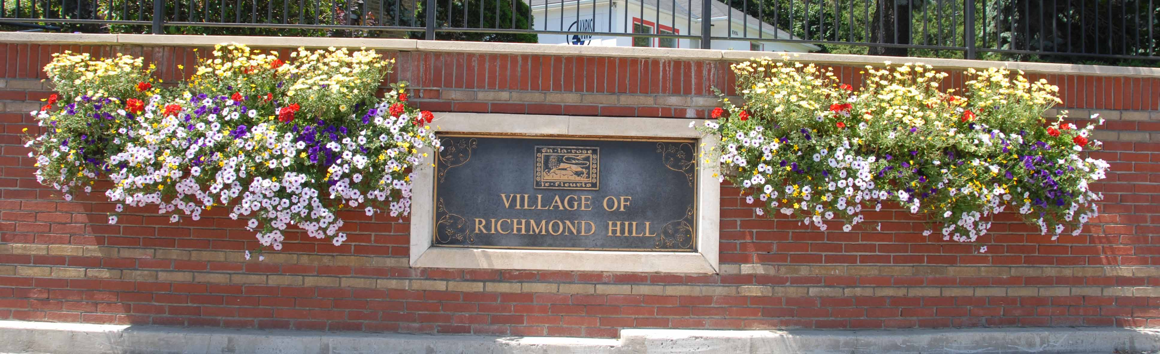 village of Richmond Hill sign on Yonge Street